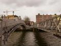 Η γέφυρα Χαπένυ (Ha'penny) στο Δουβλίνο.